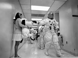 astronaut, from the other side of the mirror, july 4, july 4 playlist, koop radio